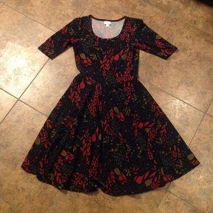 LuLaRoe Nicole Dress Size M